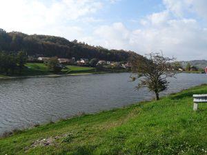 Lac de Roybon ... Etang de Dionnay et mon banc