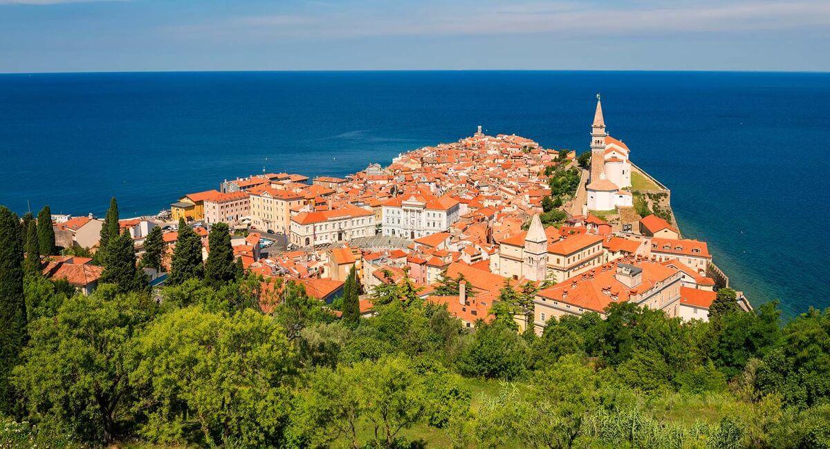 Piran Green -Slovenia tourism copyright
