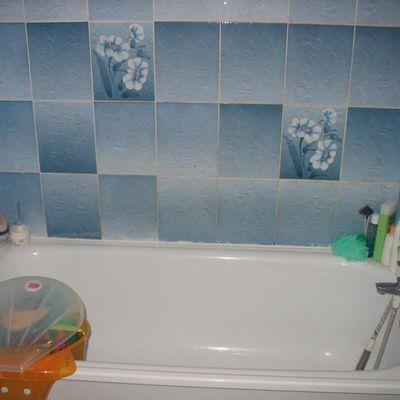 Poser du carrelage mural dans la salle de bain : guide pratique, conseils