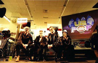 U2 au Greenwich Village Kmart -New York 12 -02-1997