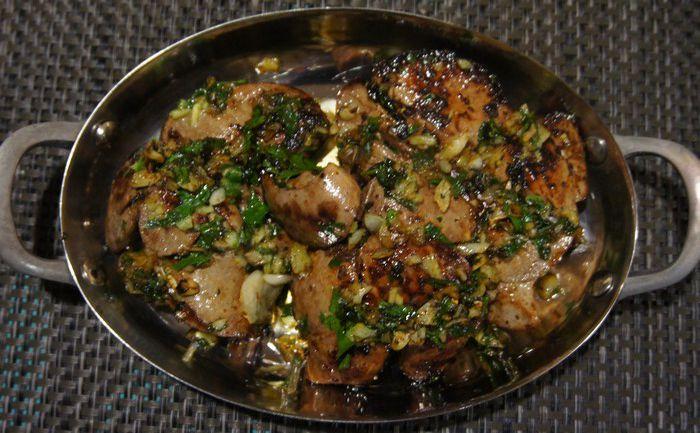 Foies de lapin à l'ail et au persil