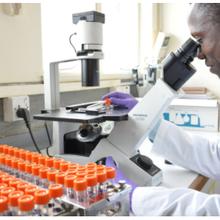 L'Ouganda investit dans la science pour mettre fin à la «fuite des cerveaux» et stimuler la croissance économique