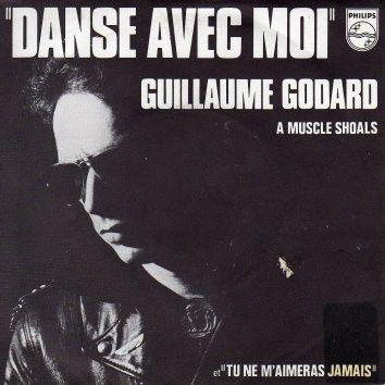 guillaume godard, le chanteur français et parolier, manager du groupe français bijou et grand journaliste de rock