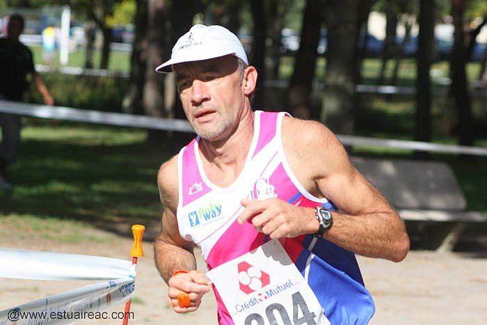 Ekiden de St Nazaire le 12 septembre 2010. Ekiden : marathon(42 km 195)par équipe de 6 coureurs.