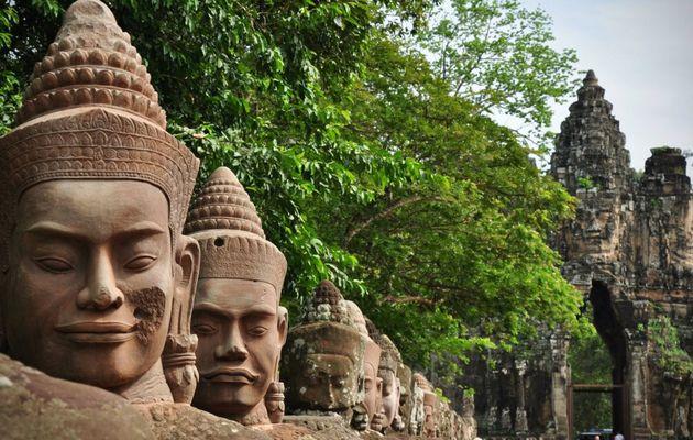 """Exposition """"Pour un Sourire Cambodgien"""""""