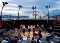 Théâtre ambulant à vendre / Envoyé par le Funny Musical Gémenos le 08.06.19