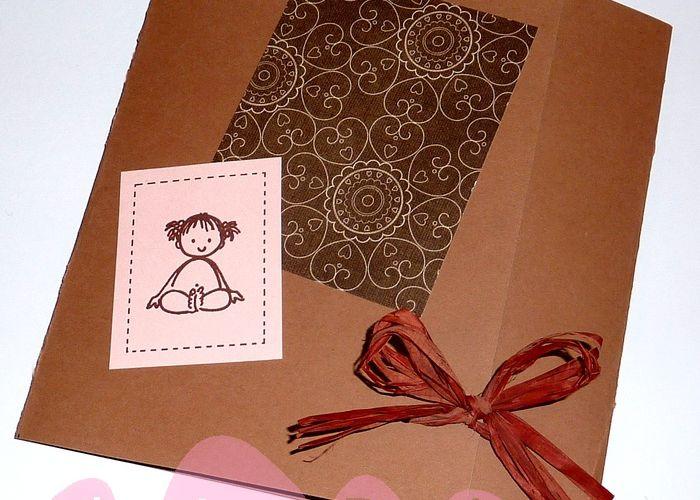 Faire-part de naissance taupe, chocolat et rose, façon scrapbooking...