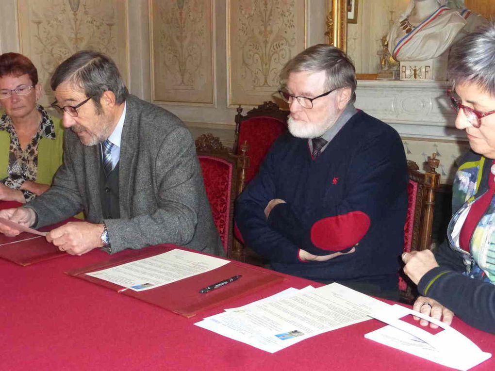 Lecture de la convention par Jean-Pierre Poupée