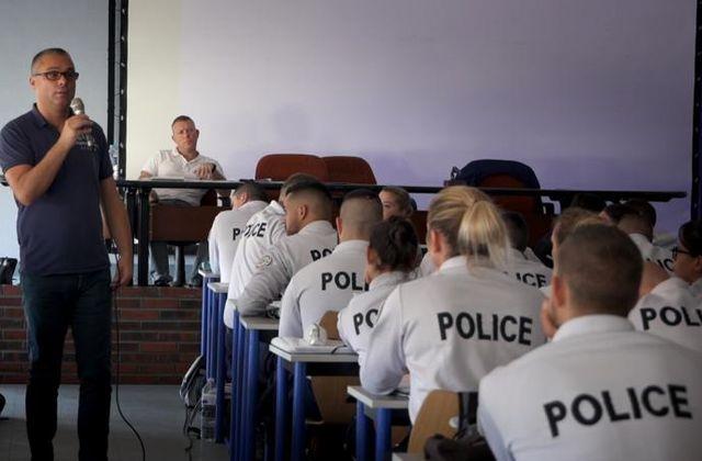 Coming-out dans la police : document inédit puis débat ce samedi soir.