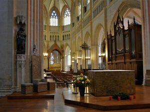 La cathédrale Saint-Corentin est encore plus belle au naturel ...