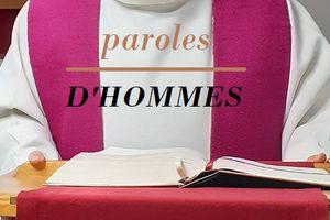 À L'AMBON : L'HOMÉLIE