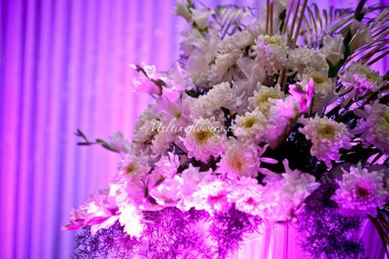 Top 5 Romantic Flower Decoration Concepts For Your Wedding