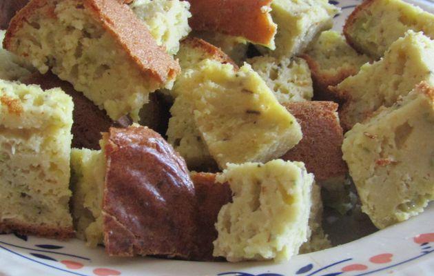 Cake aux petits pois, courgettes et au fromage de chèvre