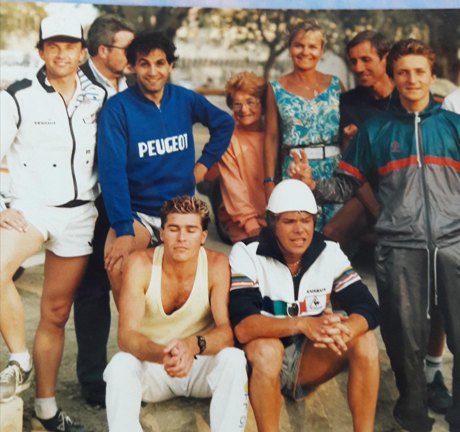 Marc TOESCA en bleu, maillot Peugeot.
