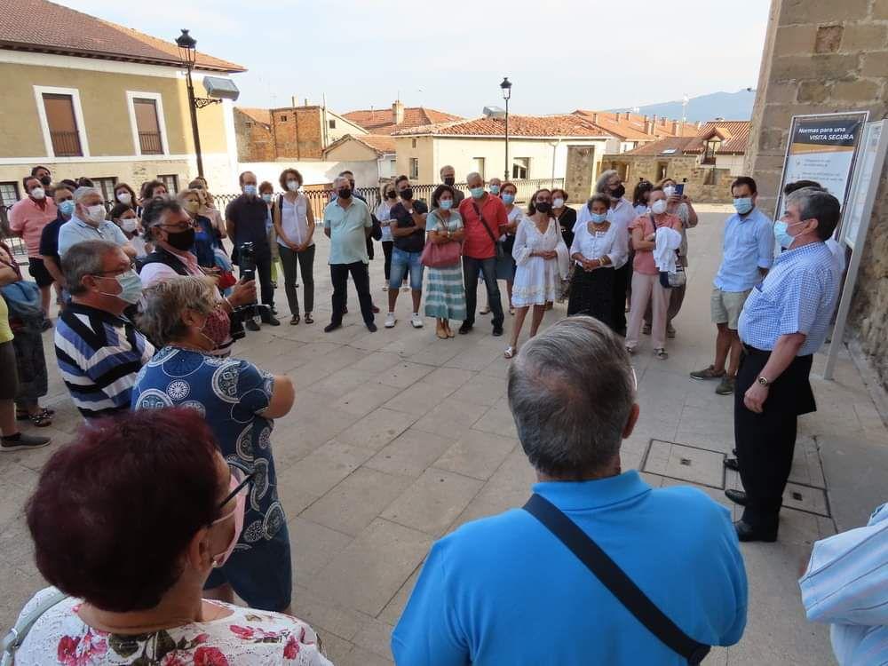 """Participation à Exposition Internationale """"Rencontre dans les tours"""" au Musée Historique Las Merindades à Medina de Pomar en Espagne du 27 Août au 26 Septembre 2021"""