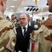 "La guerre contre le terrorisme sera ""longue"", affirme Bernard Cazeneuve"