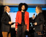 TARGHE TENCO  2014  FINALE SCOPPIETTANTE CON CAPAREZZA ALL'ARISTON DI SANREMO