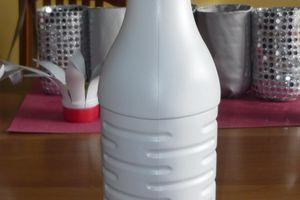 Riuso: bottiglia di latte