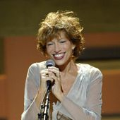 Carly Simon: albums, songs, playlists | Listen on Deezer