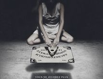 Ouija (2015) de Stiles White