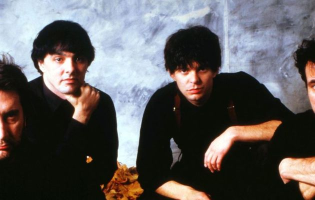 The Stranglers - Everybody Loves You When You're Dead