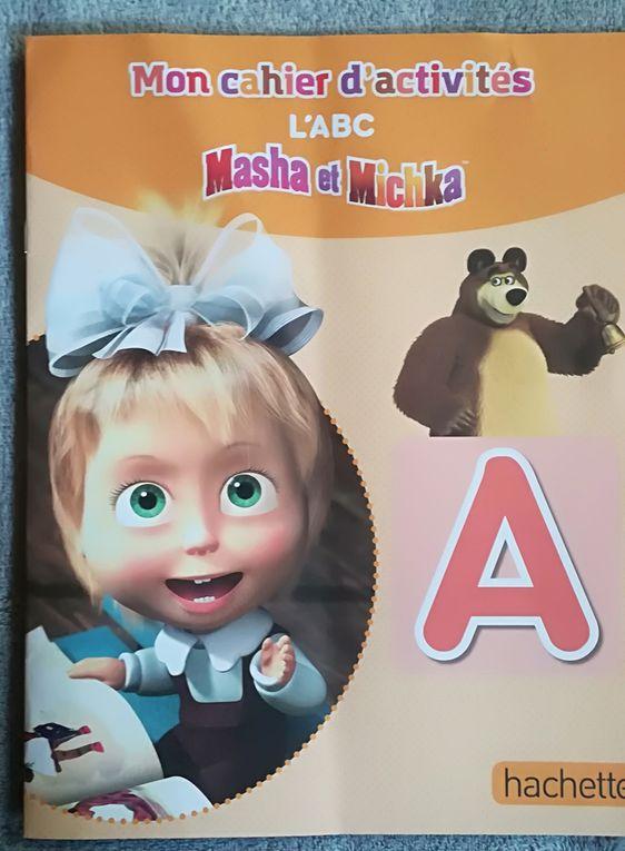 Le cahier d'Activité Masha et Michka