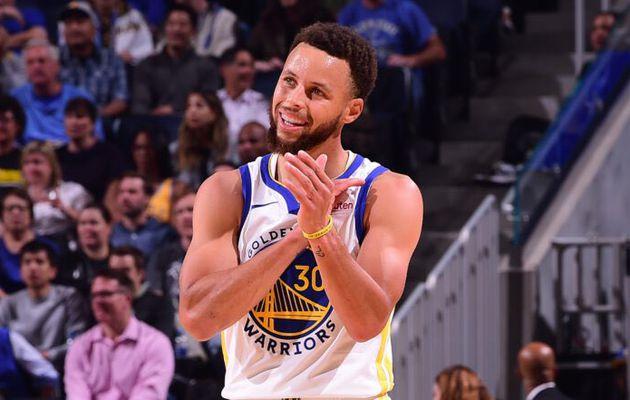Stephen Curry prolonge avec les Warriors pour quatre ans et 215 millions de dollars