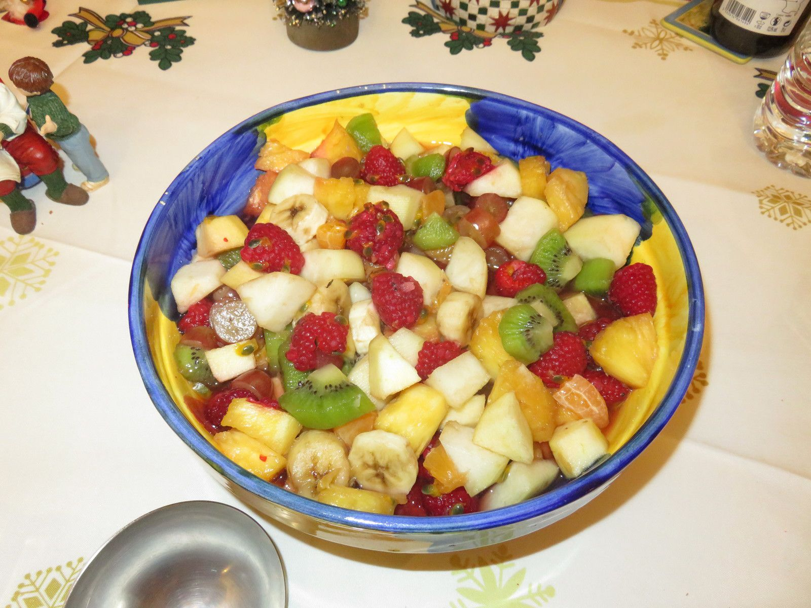 SALADE DE FRUITS AU KIRSCH