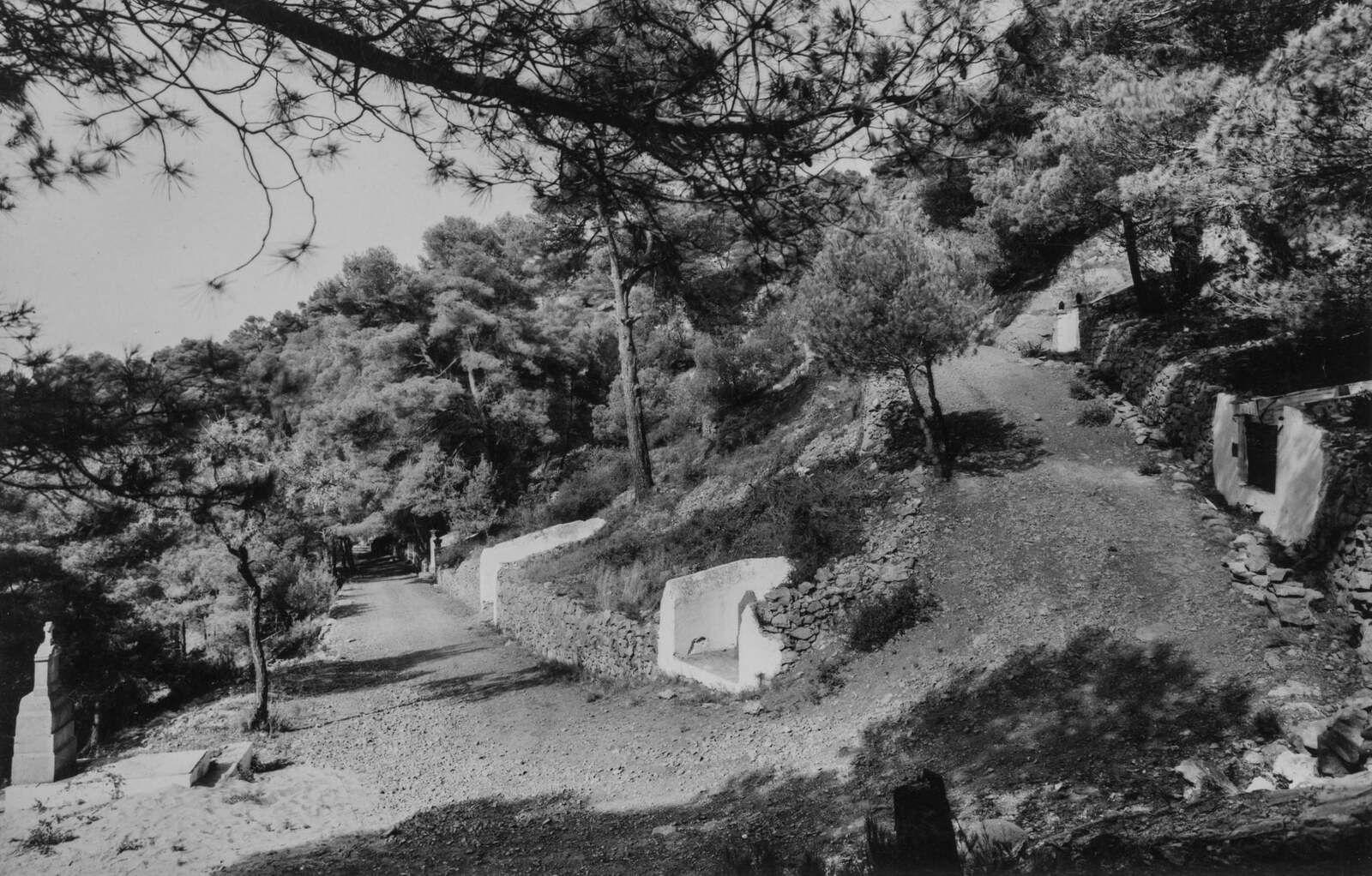 Cimetière Marin, Ermitage, la chapelle des Auzils. Site Touristique.