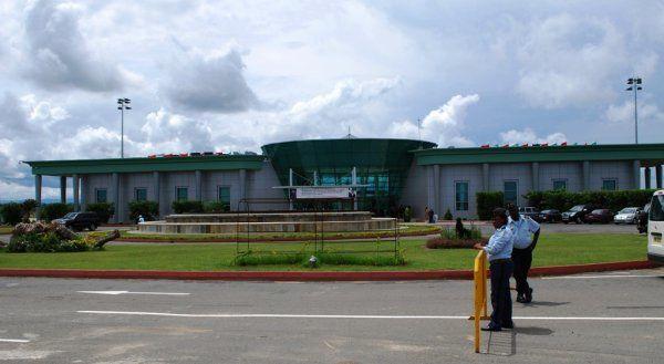 Toda Bata paralizada porque ayer llegó a Guinea Ecuatorial el presidente de Guinea Conakri.