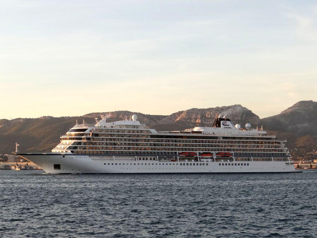 VIKING SUN , appareillant de Toulon le 28 octobre 2017