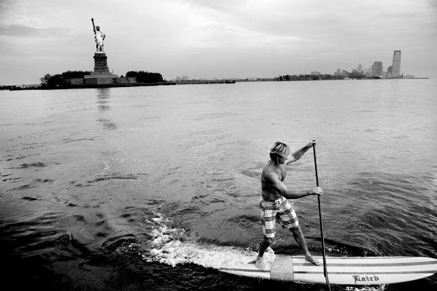 Album - Laird-Hamilton-en-SUP-a-New-York