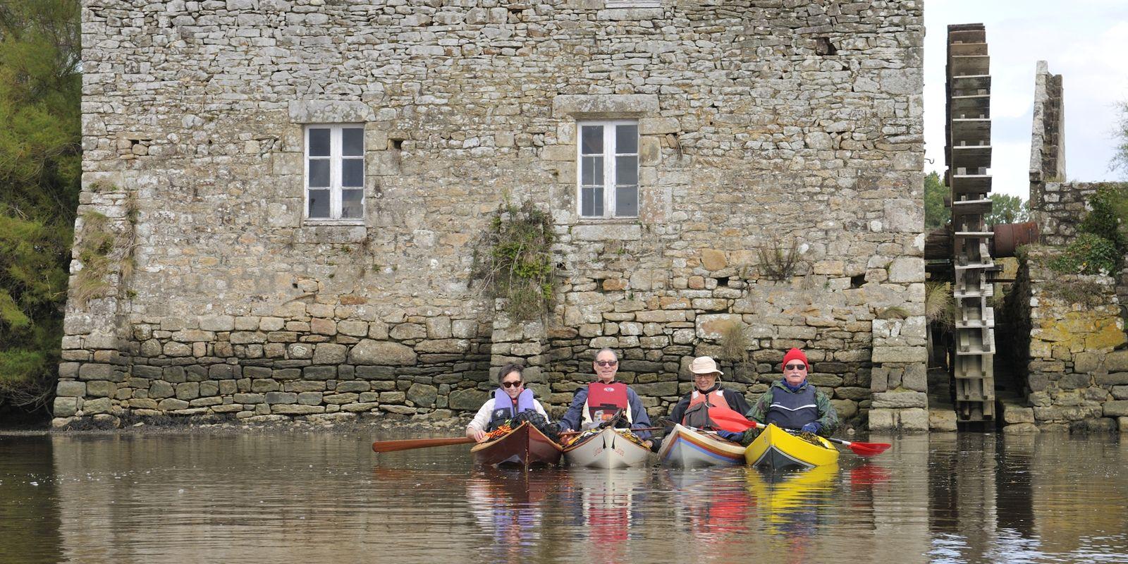 4 kayaks Léo sur la rivière d'Etel les 10 et 11 ocobre