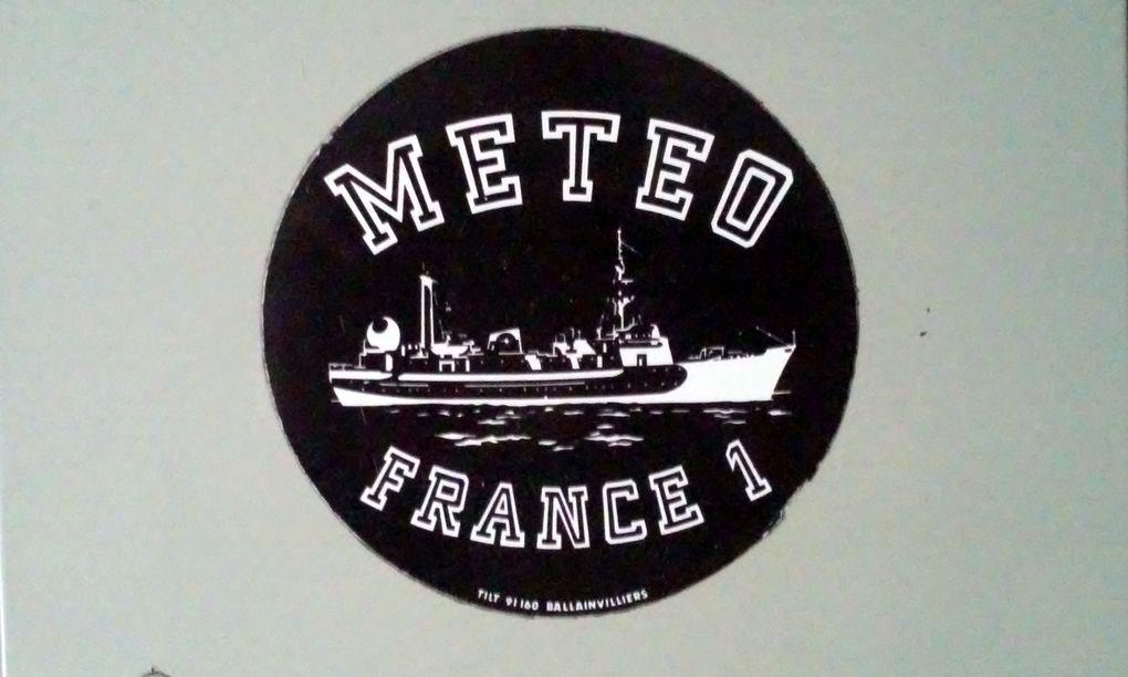 Le poste radio de la station METEO du France 1