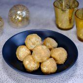 Bouchées-tapas de pommes de terre au fromage, noix et raisins