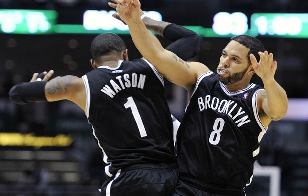 Brooklyn réalise un hold-up parfait à Milwaukee