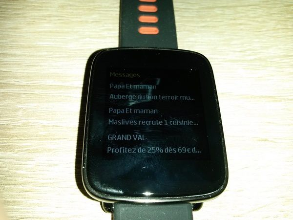 Test smartwatch - montre connectée Willful