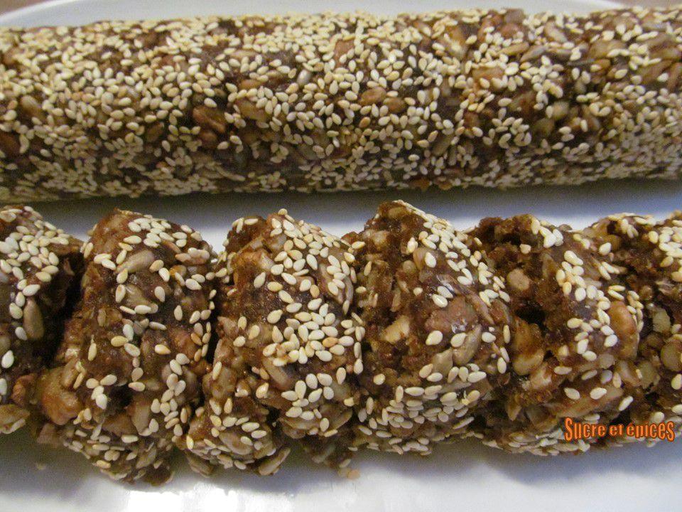 Saucisson sucré aux fruits secs et graines (vegan)