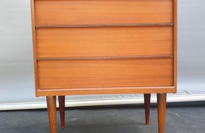 COMMODE AUSTINSUITE DESIGN SCANDINAVE ANGLAIS 1960 - 310 euros