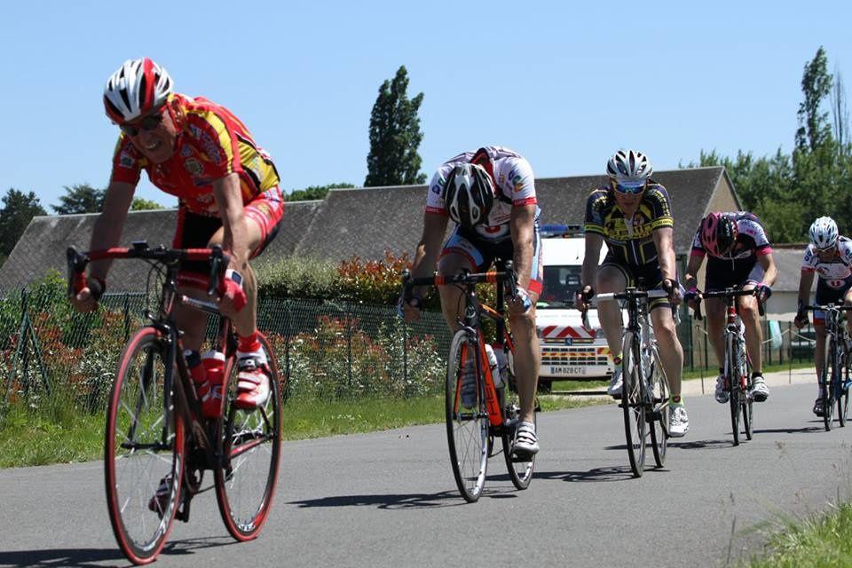 Album Photos des courses UFOLEP 3 et GS de La Varenne Ferron (28)