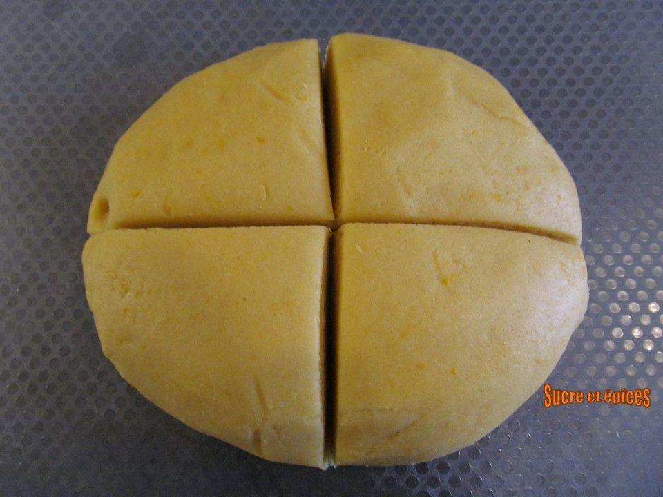 Biscuits simples à l'huile, parfumés au citron - Recette en vidéo