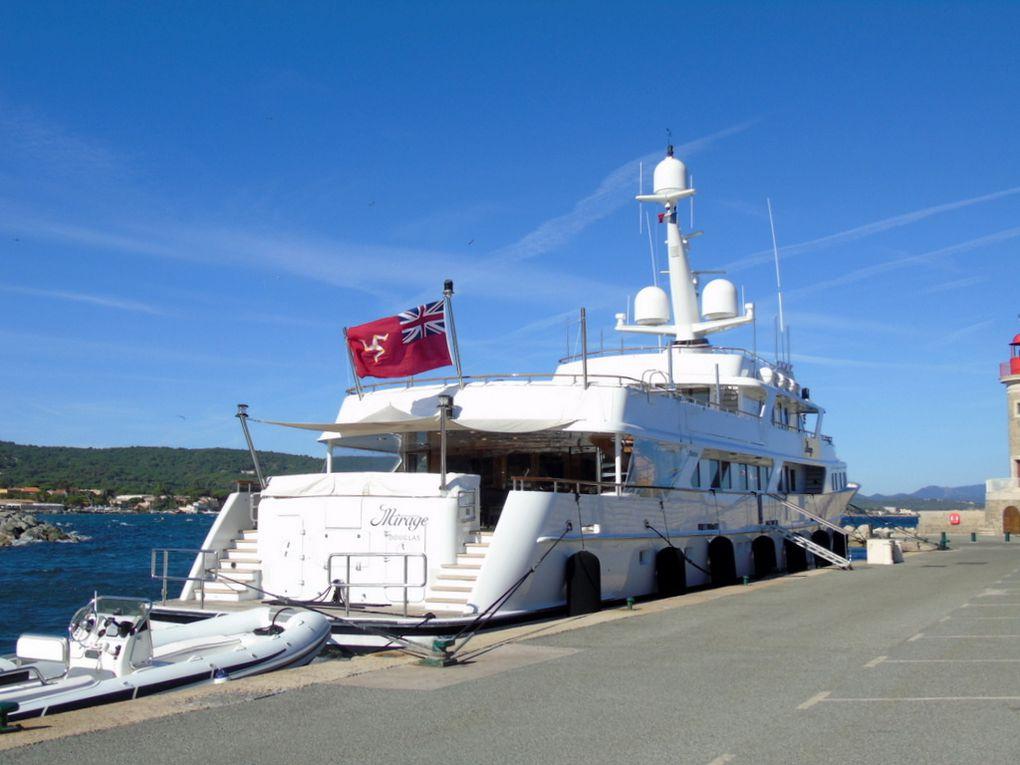 MIRAGE , à quai dans le port de Saint Tropez le 07 juin 2017