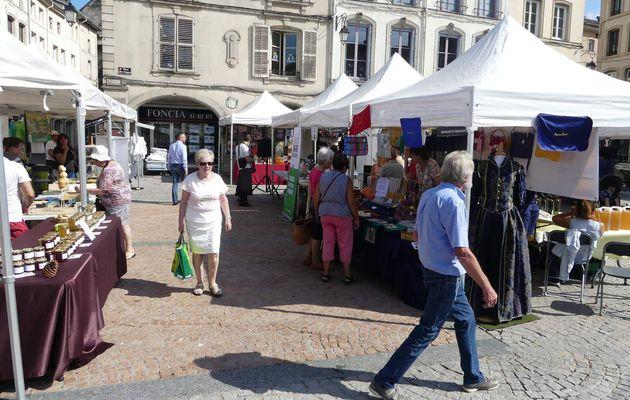 Artisanat et terroir Place des Vosges