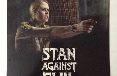 Stan Against Evil (Saison 1, 8 épisodes) : Ash… Stan combat les sorcières