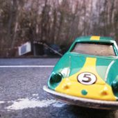LOTUS EUROPA SPECIAL 1/59 TOMICA 1977 TOMY - car-collector.net