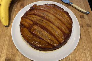 Gâteau aux bananes caramélisées