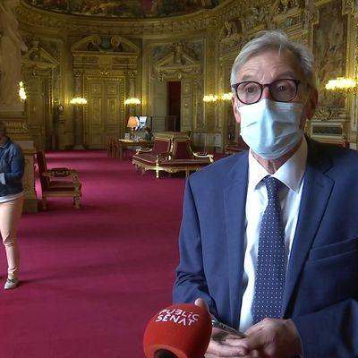 En #France « Nous ne proposons pas de limiter les #libertés, nous cherchons un moyen de les retrouver »… Ah bon ?