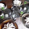 Une décoration de table pour les fêtes (cadeau inside)