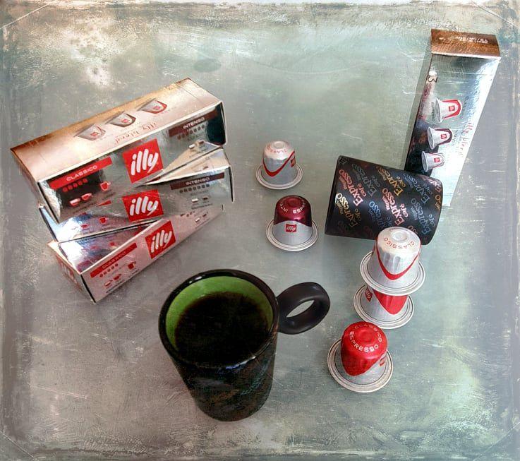 Les capsules Illy, compatibles Nespresso...... mais sans George Clooney