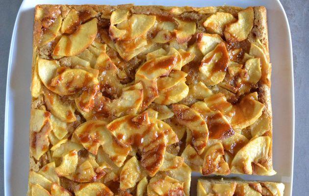 Gâteau moelleux pommes et caramel